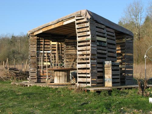 Installations ln le cheviller - Cabane de jardin grenoble ...
